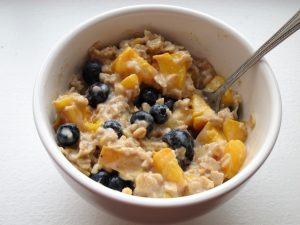 peach blueberry oatmeal (10)